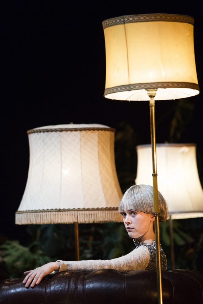 Iris Becher in »Wengenroths Autorenklub, Ausgabe 11: Friedrich Schiller«. Foto: Gianmarco Bresadola.
