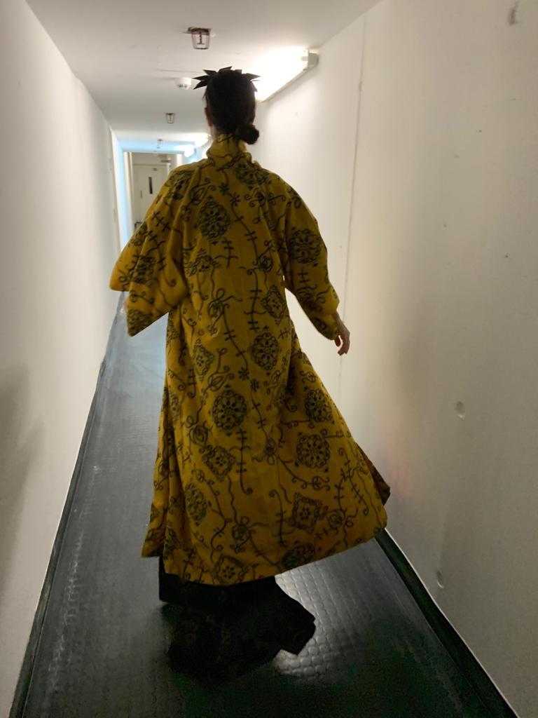 Ruth Rosenfeld im Kostüm der »Medea« (Backstage). Foto: Marc Freitag.